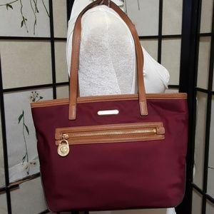 ♨️MICHAEL KORS♨️ medium bag in red wine color